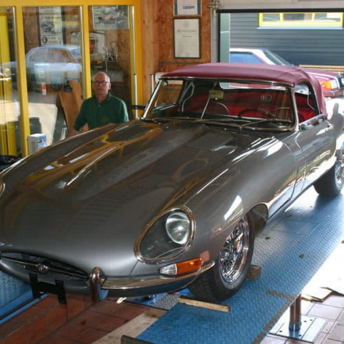 Kamps Classics - Werkstattservice restaurierter Jaguar